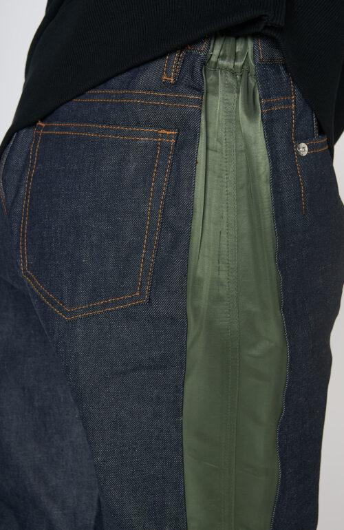 """Jeans """"Haru"""" mit army-grünen Details"""
