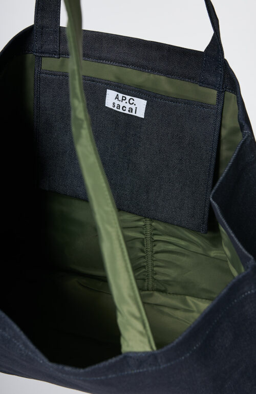 "Apc sacai Dunkelblaue Shopping-Tasche ""Candy"" mit army-grünen Nylon Details"