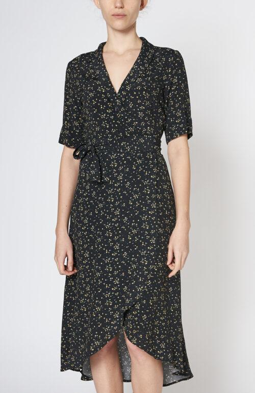 Schwarzes Wickelkleid mit Floralprint