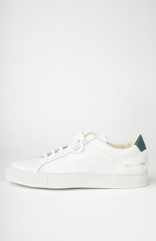 """Weißer Sneaker """"Retro low 2295"""" mit grünem Fersendetail"""