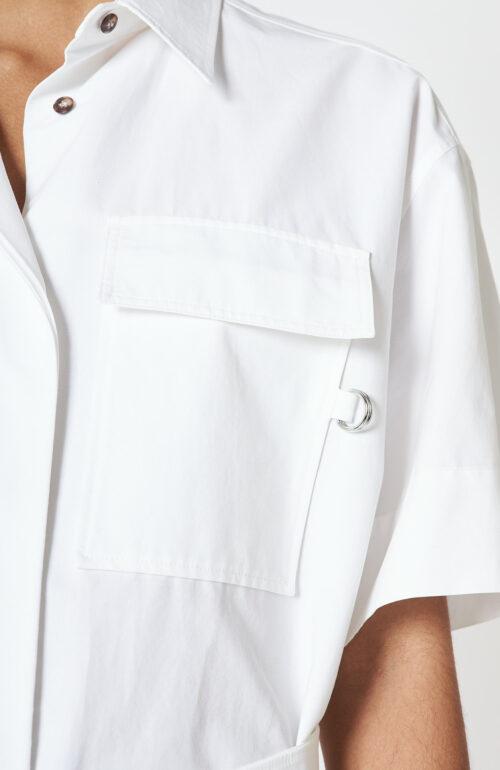 Weißes Kleid aus Baumwolle mit Gürtel