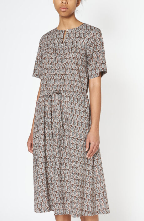 "Braunes Kleid ""Elie"" mit Paisleyprint"