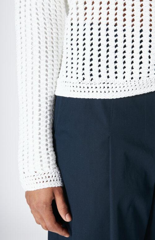 """Weißer Pullover """"Crochet"""""""