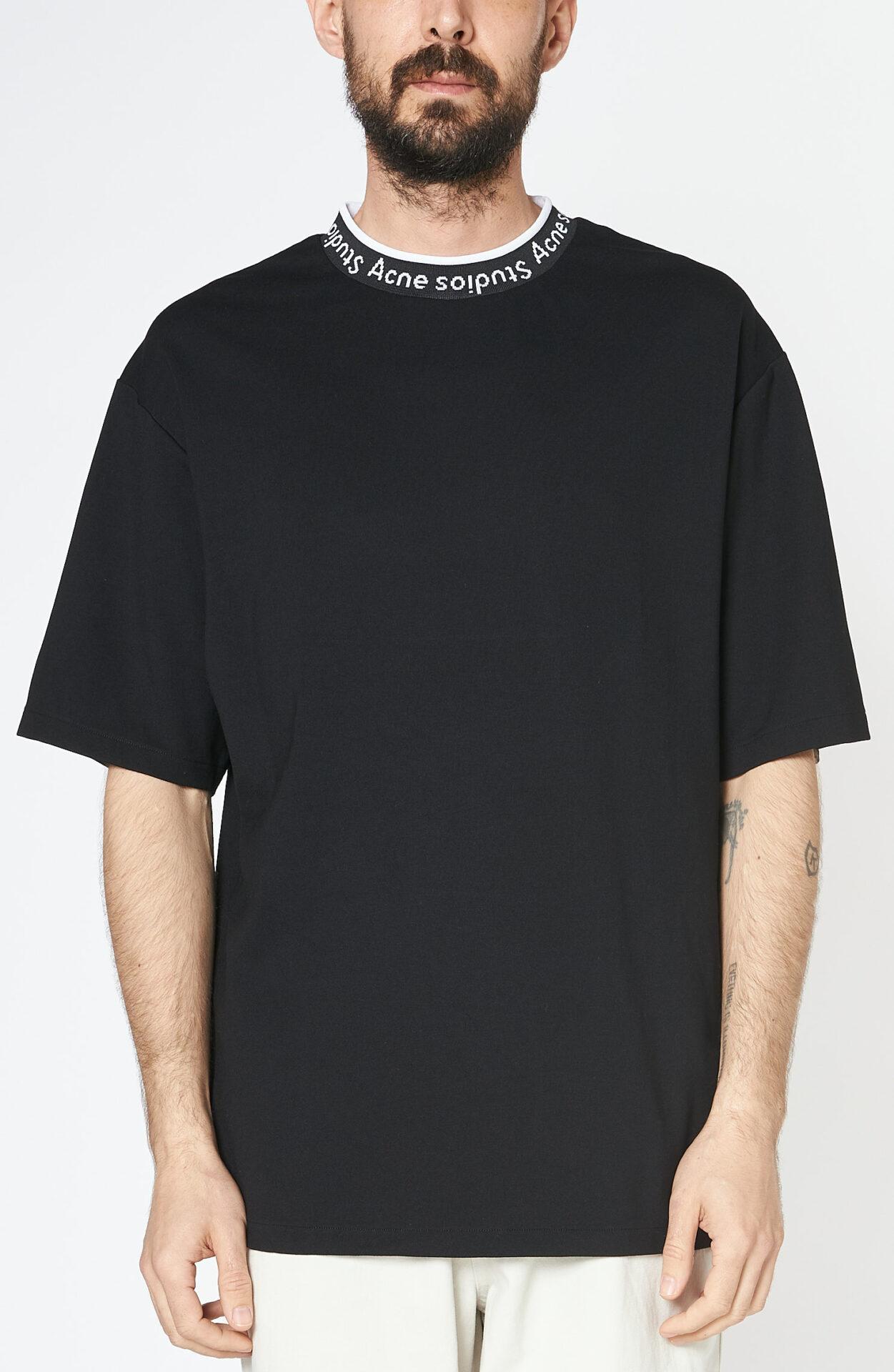 "Schwarzes T-Shirt ""Extorr"""