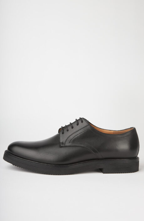 Schwarze Schuhe aus Leder