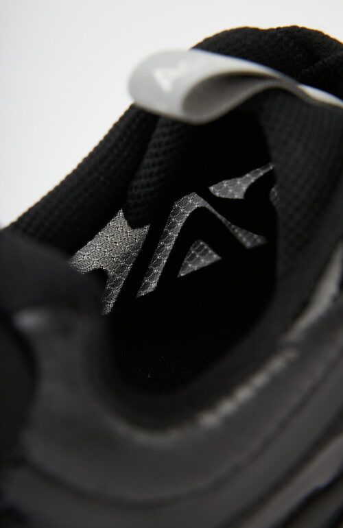 """Schwarze Sneaker """"N3W M"""""""