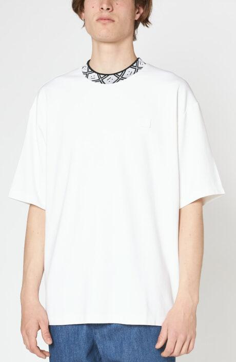 """Weißes T-Shirt """"Eternal Rib Face"""""""