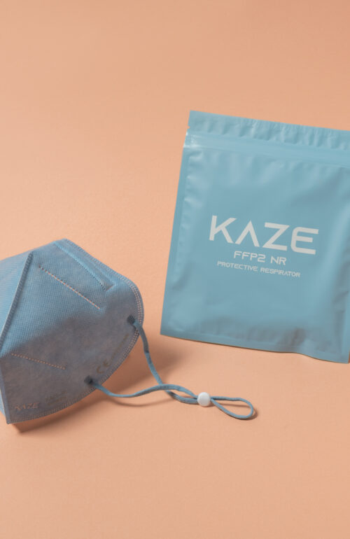 Kaze Maske Character hellblau ffp2
