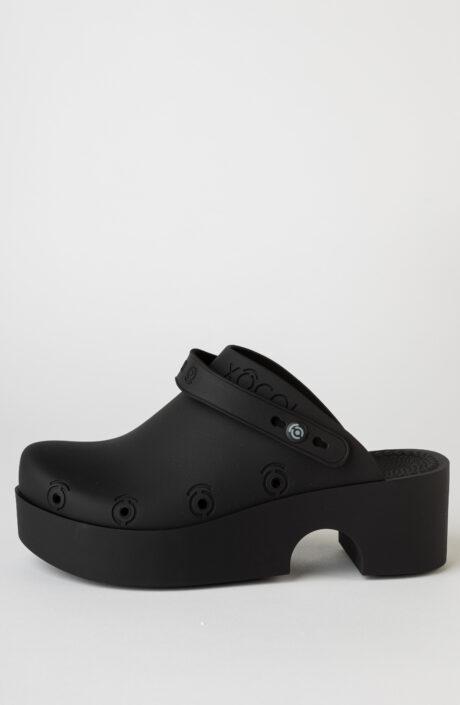 Schwarze Clogs