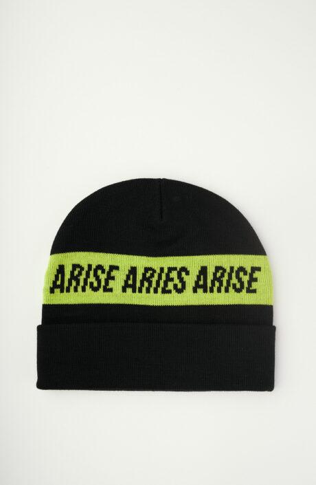 Schwarze Mütze mit Print